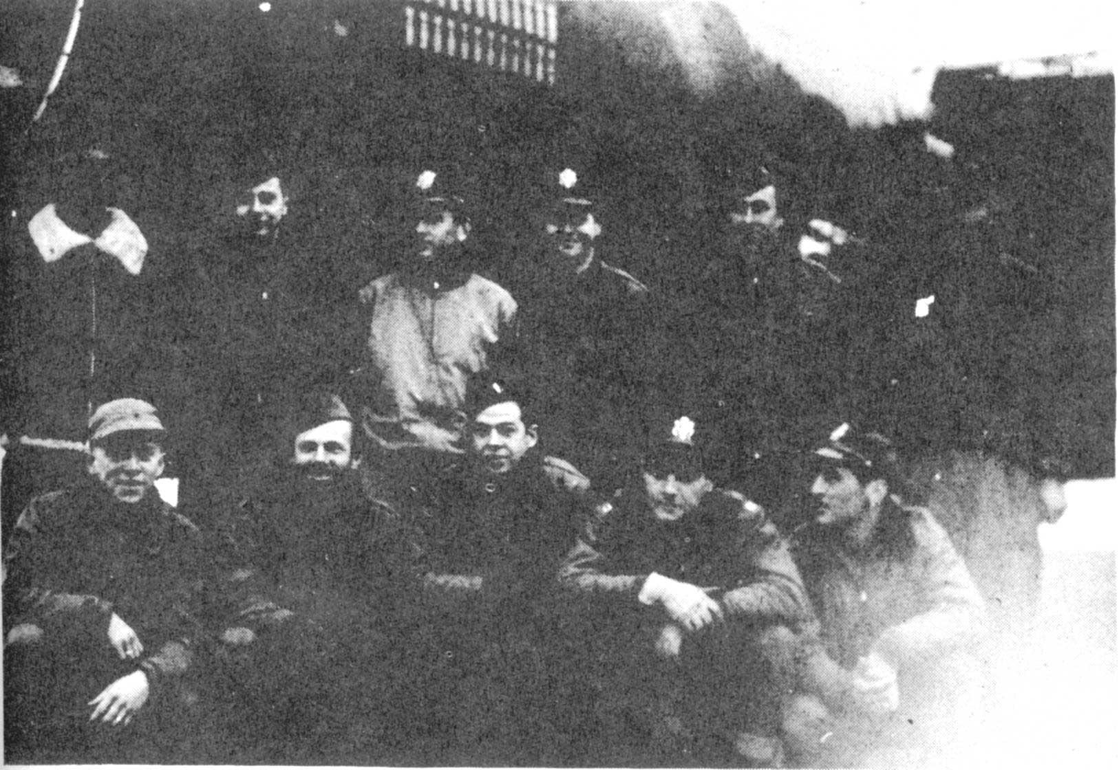 The British Flight Battalion at Pensacola and Afterwards / The British Pensacola Battalion: A Flight Log Representin the British Flight Battalion, U.S. Naval Air Station, Pensacola, Florida, 1941-1944 Frank Robinson